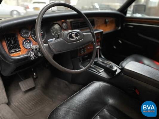 Jaguar XJ12 5.3 V12 HE 295pk 1983, 38-HK-PT