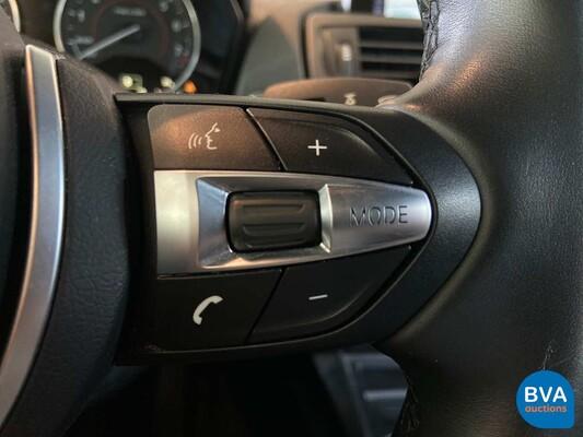 BMW M235i Coupé M-Performance -Handgeschakeld!- 326pk 2014, HG-019-V