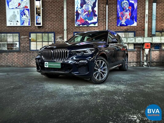 Luxury  and Sports Cars te Boxmeer