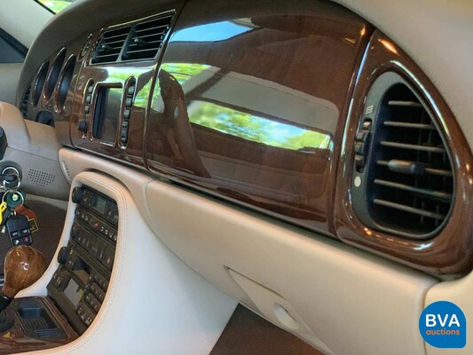 Jaguar XKR Coupé 4.0 V8 363pk -17.000km!- 2001, TR-943-K