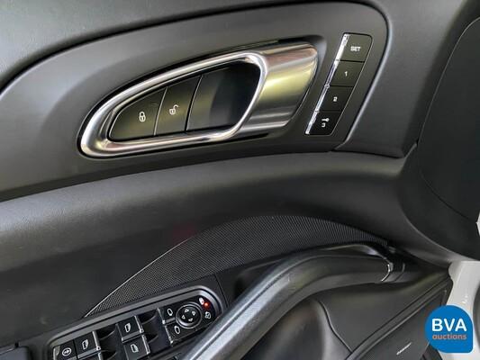Porsche Cayenne S 4.8 V8 400pk 2013, 2-XJF-10